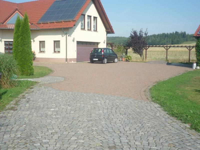 Einfahrtsberiech-hergestellt-in-Frienitz