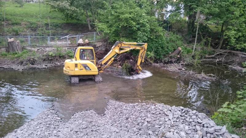 Uferbefestigung-in-Weida